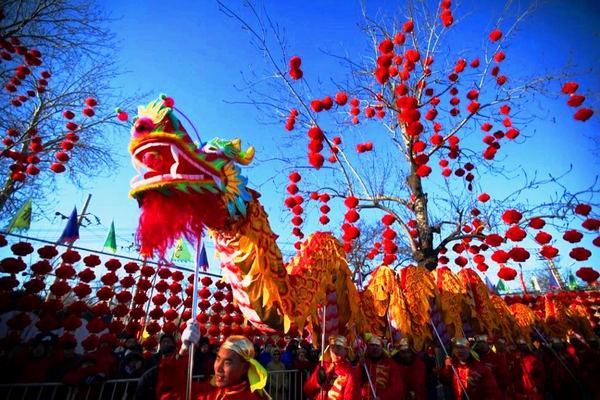 Празднование китайского нового года во вьетнаме